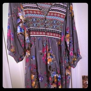 Tops - Umgee floral tunic